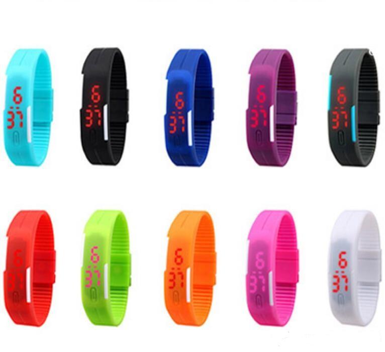 Sportovní digitální LED hodinky - fialové d612524011